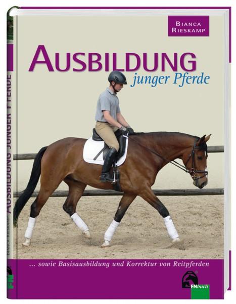 Lehrbuch 'Ausbildung junger Pferde' © BUSSE GmbH