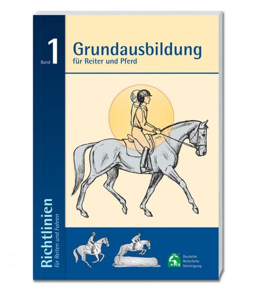 Richtlinien Band 1: Grundausbildung<br />für Reiter und Pferd © Waldhausen GmbH