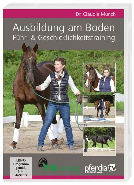 DVD 'Ausbildung am Boden - Führ & Geschicklichkeitstraining' © BUSSE GmbH