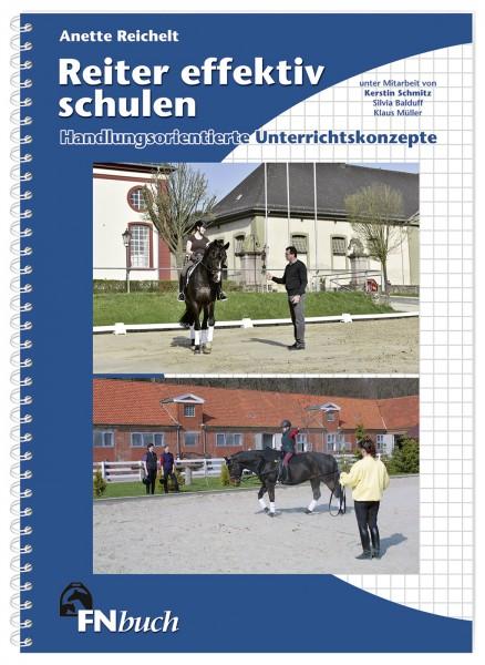 Lehrbuch 'Reiter effektiv schulen' © BUSSE GmbH